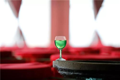 理想跨越三个世纪·招待朋友的酒:杨林肥酒品牌形象全新亮相